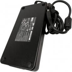 Napájecí adaptér MSI 230W 19,5V (vč.síť.šňůry) GL6