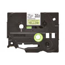 TZE-C31, černý tisk na fluroscenční žluté, 12 mm